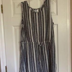 Blue/white knee length striped dress